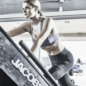 jacobs-ladder-step-machine-jacobs-ladder-jacobs-ladder-step-climber-exercise-machine-jacobs-ladder with woman exercising